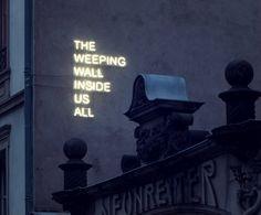 30 Amazing Neon Light Typography Designs