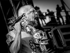 Ivan Moody, Five Finger Death Punch © 2012 Steve Ziegelmeyer Ivan Moody, Musician Photography, Cool Lyrics, Five Fingers, Thrash Metal, Metalhead, Death Metal, Metal Bands, Punk Rock