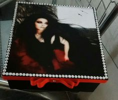 Caixa decorada Amy Lee