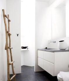 Ecodesign handmade scaletta appendiabiti da bagno fagiolina