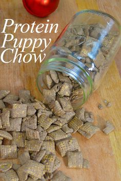 Puppy Chow - no sugar high to come down from! Now you can enjoy this childhood favorite anytime!Protein Puppy Chow - no sugar high to come down from! Now you can enjoy this childhood favorite anytime! Healthy Protein Snacks, Protein Foods, Healthy Sweets, Protein Power, Protein Cookies, Gluten Protein, Protein Muffins, Protein Bites, Healthy Food