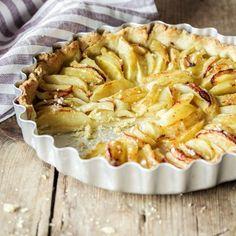 Das Rezept für die Apfel-Tarte sowie viele weitere köstliche Kuchenrezepte finden Sie im Springlane Magazin.