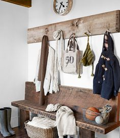 Country Rustic Mudroom - Design photos, ideas and inspiration. Amazing gallery of interior design and decorating ideas of Country Rustic Mudroom in bedrooms, home exteriors, laundry/mudrooms by elite interior designers. Decor, Rustic White, Barn Wood, Rustic Entry, Entryway Coat Rack, Entryway, White Decor, Laundry Mud Room, Mudroom