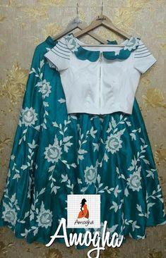 Girls Frock Design, Baby Dress Design, Kids Frocks Design, Frocks For Girls, Dresses Kids Girl, Kids Outfits, Kids Blouse Designs, Dress Designs, Sari Dress