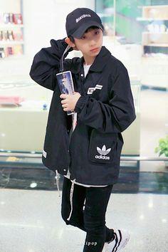 Cute Boys, My Boys, Chinese Boy, Aesthetic Clothes, Boy Groups, Adidas Jacket, Rain Jacket, Windbreaker, Kpop