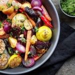 Ecco gli alimenti che non devono mai mancare in casa per cucinare sempre in modo sano.