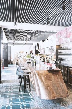Mittagessen in Graz – Cafe Promenade Flat Ideas, Brick And Mortar, Pet Travel, My House, The Good Place, To Go, House Design, Interior, Outdoor Decor