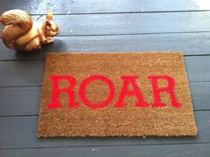 The London bucket-list for new Londoners or the London loving tourist Home Crafts, Diy And Crafts, Cool Doormats, Owl Cat, Felt Ball Rug, Interior Photo, Interior Design, Room Planning, Darning