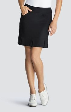 "Unique, Pretty Colors are the highlight of the Tail ladies golf collection just like this ESSENTIALS (Black) Tail Ladies Jocelyn 19"" Pull On Golf Skorts!"
