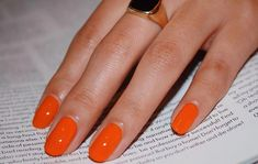 Perfect summer Orange 🍊 CLEMENTINE 🍊 Gel effect polish. also looks amazing in matte 🧡 Not for international shipping Get Nails, How To Do Nails, Matte Nails, Red Gel Nails, Oval Nails, Shellac Nails, Nail Polish Designs, Nail Designs, Gel Polish