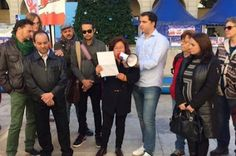Acepta 10 años de cárcel por matar a golpes a una transexual en Alicante. El colectivo LGTBI Diversitat condena la decisión de Fiscalía y denuncia que el crimen de esta víctima es un delito de odio y debe ser juzgado como tal.  Europa Press | El Mundo, 2016-12-12  http://www.elmundo.es/comunidad-valenciana/alicante/2016/12/12/584eda59268e3ec9438b45d7.html