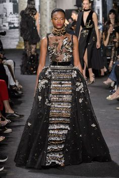 Elie Saab at Couture Fall 2016 - Runway Photos