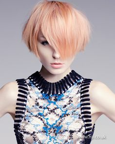 Peachy Bob visit www.ukhairdressers.com for #hairstyle inspiration and #hair advice