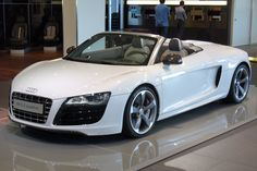 Audi R8 Spyder White Christian Grey buys Anastasia Steele one for her 22nd birthday