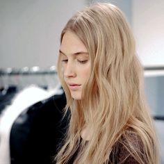 Le Fashion: HAIR INSPIRATION: EFFORTLESS WAVES | HÉRVE LÉGER F/W 2013