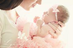 Newborn Photography with Mommy | ... Newborn Baby Portrait Photographer » Lynn Quinlivan Photography Blog
