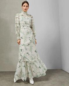 Buy Ted Baker Mint Hhariet Fortune Lace Trim Maxi Dress from the Next UK online shop Gabriela Montez, Estilo Kate Middleton, Dresses To Wear To A Wedding, Dress Wedding, Mint Dress, Ruffle Dress, Muslim Fashion, Mode Outfits, Elegant Dresses