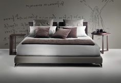 Long island Bed by Flexform - double beds - design at STYLEPARK