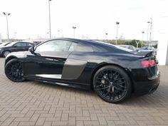 Audi R8 V10 Plus, Used Audi, Driving Test, Super Cars, Sedans, Ps, Engineering, German, Deutsch