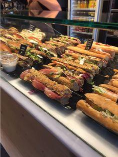 Panini Bakery Shop Design, Brunch Bar, Bakery Interior, Bistro Food, Sandwich Shops, Food Concept, Bakery Cafe, Food Places, Cafe Food