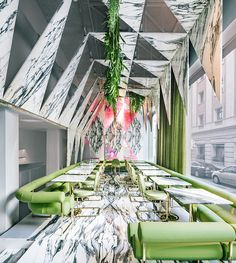 Psychedelic Trip: Romola Restaurant in Madrid by Andres Jaque Restaurant Madrid, Design Bar Restaurant, Luxury Restaurant, Moscow Restaurant, Modern Restaurant, Interior Design Magazine, Best Interior Design, Bar Design Awards, Deco Design
