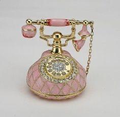 Vintage Phones, Vintage Telephone, Pink Love, Pretty In Pink, Retro Vintage, Vintage Items, Vintage Style, Casas Shabby Chic, Antique Phone
