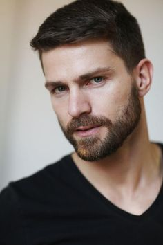 DNA Models Men 2016 Polaroids/Portraits You are in the right place about hairy chest chris evans Her Hot Men, Sexy Men, Handsome Bearded Men, Hairy Men, Beard Styles For Men, Hair And Beard Styles, Moustache, Stubble Beard, Beard Man