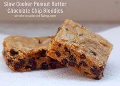 Slow Cooker Peanut Butter Chocolate Chip Blondies w/ Weight Watchers Points Plus #WeightWatchers #CrockPot