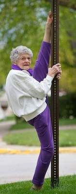 Mary Skaggs, 90 year old, doing what she does every morning: the splits. (Photo: Kent Sievers / The World-Herald)