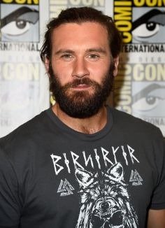 Clive Standen at event of Vikings (2013)