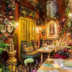 Οι καλύτερες εξωτικές κουζίνες τρώγονται στις αυλές - My Review Beautiful Architecture, Table Settings, Instagram, Place Settings, Tablescapes