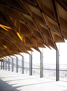 Hoshakuji Station is part of Structure architecture wood Structure Ceiling Kengo Kuma Hoshakuji Station - Kengo Kuma, Wood Architecture, Architecture Details, Ancient Architecture, Sustainable Architecture, Wood Interior Design, Wood Structure, Concrete Wood, Ceiling Design