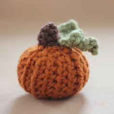 Tiny Crochet Pumpkin is the perfect little project for Fall. FREE pattern included!
