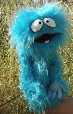 Karturillo blue monster varillas madera de agradable monstruo Marionette Puppet, Sock Puppets, Monster Hands, Monster Dolls, Puppetry Theatre, Types Of Puppets, Fraggle Rock, Sock Toys, Puppet Making