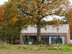 Maas Architecten » uitbreiding boerderij laren // zink modern villa landelijk schuur hout