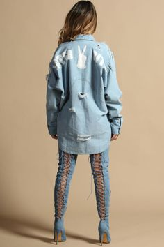 Kelli Couture is the ultimate online women's fashion destination for the trendy fashionistas on a budget. Vest Jacket, Rain Jacket, How To Wear Denim Jacket, Denim Button Up, Button Up Shirts, Womens Fashion Online, What To Wear, Cool Outfits, Couture