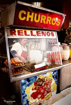 Churros Rellenos (Monterrey, NL.)♣can you smell what the lady is cooking??? I wish♣ツ