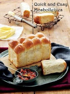Maryna Charol Gouws Quick and easy mosbolletjies Makes: 120 rusks when dried Preparation time: 2-3½ hours (including rising time...