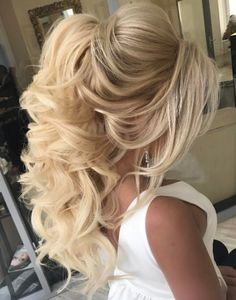 Featured Hairstyle: Elstile; www.elstile.ru; Wedding hairstyle idea. http://gurlrandomizer.tumblr.com/post/157388342302/cute-short-curly-haircuts-for-beautiful-women