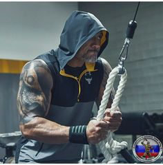 when ur hubs thinks he's the Rock every time he hits the gym....yea, it's funny to see ;))