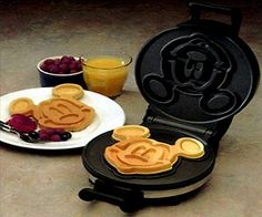 This Mickey Mouse Waffle Maker will make the kids more than happy with their waffle and enjoy eating them! This is a great gift for any Disney fan! Start each morning with a mickey mouse waffle! Nonstick baking plates for ideal results and easy clean up. Genius!
