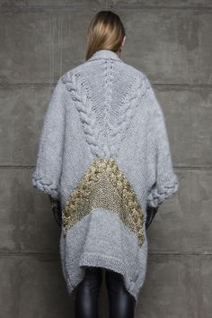 Robert Kalinkin Oversized hand-made woollen sweater with gold embroidery in the… Knitwear Fashion, Knit Fashion, Knitting Wool, Hand Knitting, Knitted Coat, Gold Embroidery, Knitting Designs, Knit Patterns, Pull