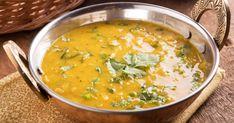 Si vous ne connaissez pas la cuisine indienne, cette recette de soupe Dhal est idéale pour vous la faire découvrir! Épicée à merveille, cette soupe est... miam!