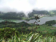 Lagoa azul e verde Açores