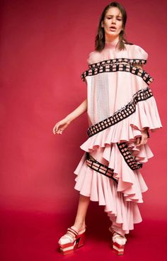 Parsons x Kering Empowering Imagination Finalist Han Wen Names John Galliano His Designer Icon Fashion 2017, Fashion Art, High Fashion, Love Fashion, Womens Fashion, Fashion Design, Fashion Images, Fashion Details, Textiles