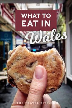 From Welsh Cakes to Welsh Rarebit, here's a list of delicious comfort foods you'll find in Wales. British Cookies, Popular Cheeses, Welsh Recipes, Fruit Bread, Pubs And Restaurants, Food Tasting, Best Dishes, Sweet Cakes, Food Lists
