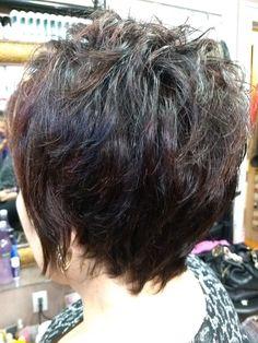 Short layer hair by Van HawaiiNailsFamily.com