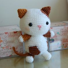 I love this crochet kitty :)