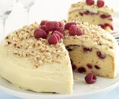 This white chocolate mud cake recipe is made with raspberries & topped with a ganache icing to create a classic Australian dessert from Recipes Plus. Australian Desserts, Australian Party, Australian Recipes, White Chocolate Mud Cake, Chocolate Chocolate, Raspberry Recipes, Raspberry Cheesecake, Cake Mixture, Let Them Eat Cake