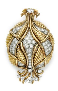 DIAMOND AND GOLD BROOCH BY SCHLUMBERGER FOR TIFFANY & CO. Christie's Christie's Jewels online Artisan Jewelry, Antique Jewelry, Gold Jewelry, Jewelry Box, Fine Jewelry, Jewellery, Diamonds And Gold, Round Diamonds, Gold Brooches
